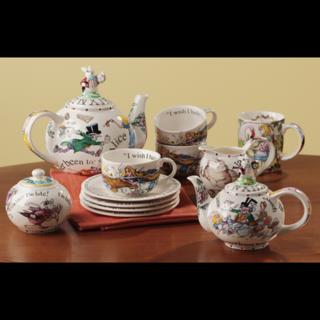 Alice-in-wonderland-teapot-large-large