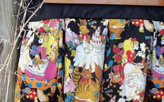Mad Tea-Party Skirt in Black
